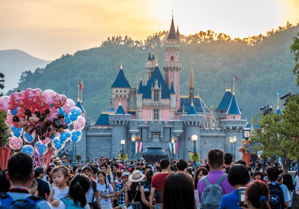 Disney World Tickets, Crowded Park