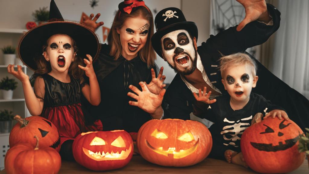 HalloweenCostumes.com, Featured Image