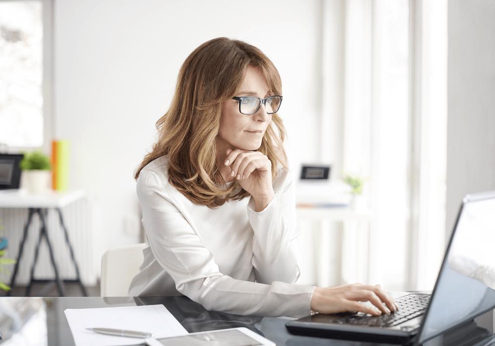 Express Woman at Computer