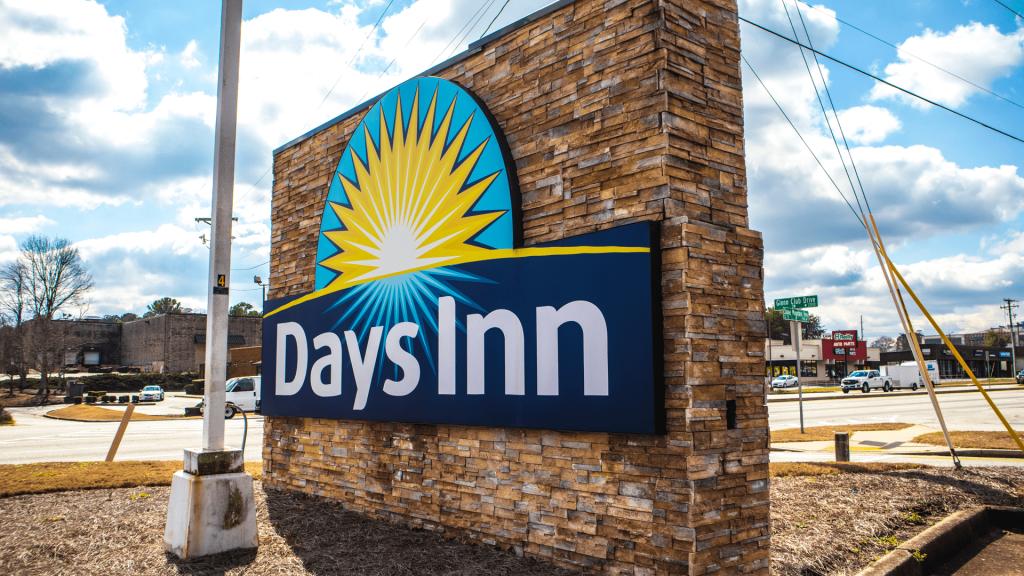 Days Inn Featured Image