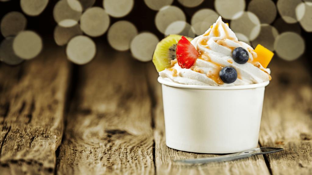 Fuzzy Peach Frozen Yogurt Featured Image