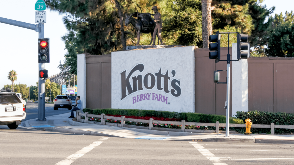 Knott's Berry Farm Featured Image